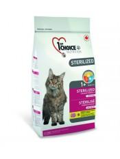 1st Choice Sterilized для стерилизованных кошек с курицей и баттатом, 2,4 кг.